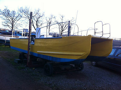 21 Ft Twin Hull Fishing /work/dive Boat