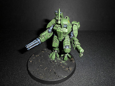 Warhammer 40K Forgeworld Tau XV89 Crisis Battlesuit with 3 weapon systems
