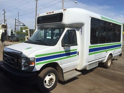 2009 Ford F450 Shuttle Bus For Sale!!