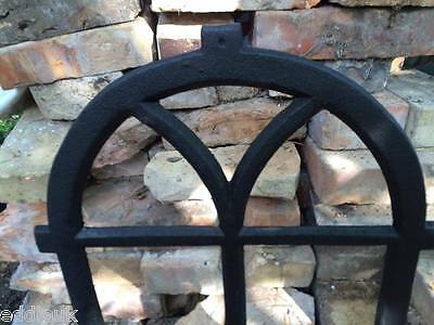 7 PANE VINTAGE CAST IRON METAL WINDOW FRAME INDUSTRIAL - sheds / shepherds huts