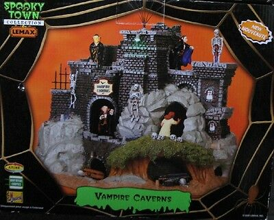 Lemax Spooky Town (Vampire Caverns)