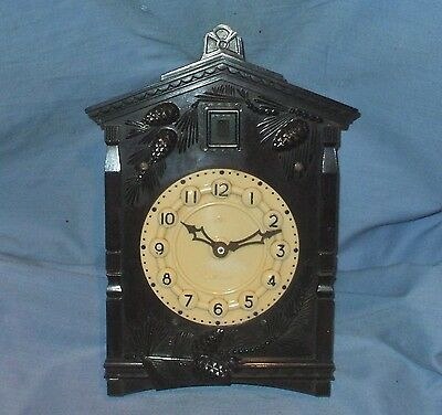 Vintage Russian Bakelite Cuckoo Clock by 'Maak' - Fully Working