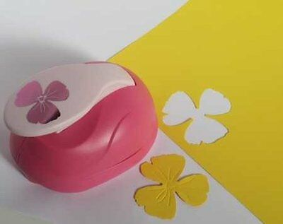 XL - Embossing Punch - Blume 2 - 6 cm large