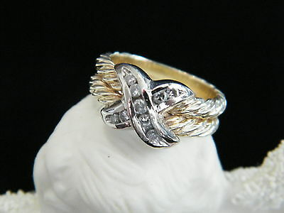 White Yellow Gold Cable X Ring
