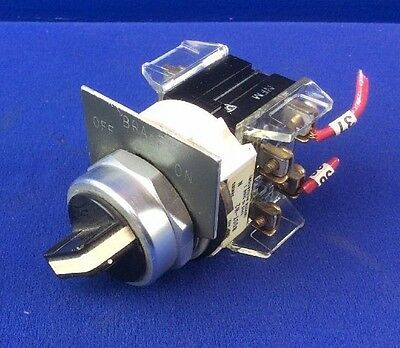 ALLEN BRADLEY 800T-H2 2-POSITION SELECTOR SWITCH w/ (2) 800T-XA CONTACT BLOCKS