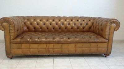 Beautiful and original vintage Leather Chesterfield 3 Seater Sofa