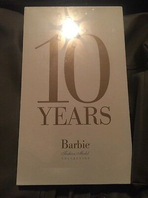 10 Years Barbie Silkstone Fashion Model Collection Anniversary Book 2010 SEALED