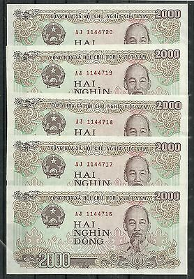 Vietnam $2000 Dong Set Of 5 (Unc) From 1988.
