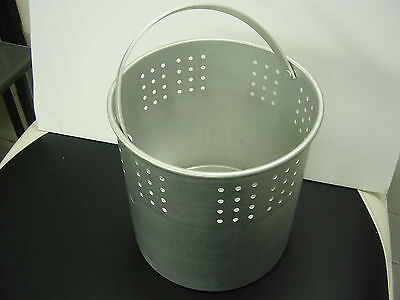 BRAND NEW AUTOCLAVE STEEL INNER BASKET WITH HANDLE,size  20cm X 20cm