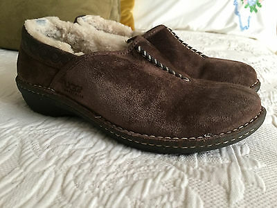 Ugg Australia 1757 Brown Suede Leather Slip On Size 9