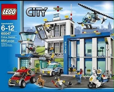 Lego City Police Station New In Sealed Box 60047