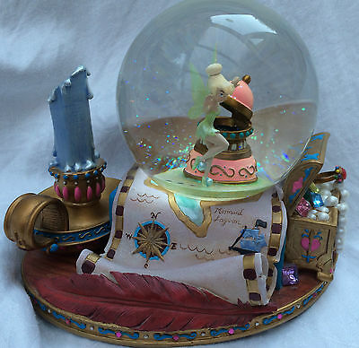DISNEY TINKERBELL NEVERLAND MUSICAL SNOWGLOBE - you can fly - RETIRED