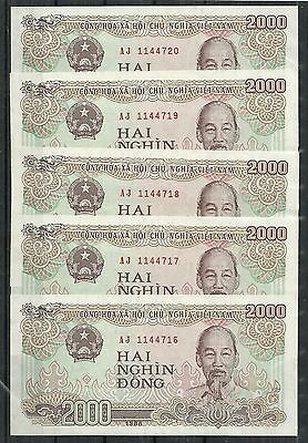 Vietnam $2000 Dong Set Of 5 (Unc) From 1988. (1)