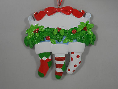 Christmas Sock Family of 3 with Holly Garland Christmas Tree Ornament new