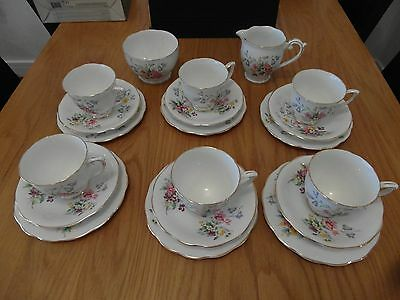 Vintage Floral Queen Anne Fine Bone China Old Country Spray Tea Set