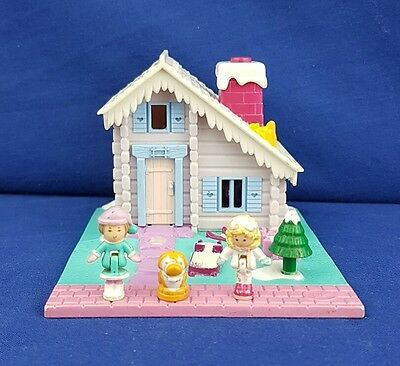 Vintage Polly Pocket Ski Lodge 100% Complete 1993  Bluebird toy