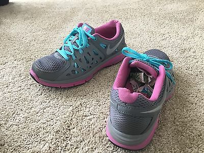 Nike Dual Fusion Run 2 Athletic Shoes Women's Size 7.5M Multicolor Synthetic