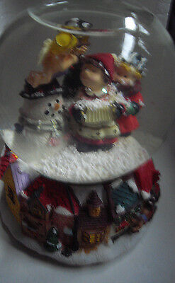 Glass Water Ball Snow Globe Hand Painted Carol Singers Kmates Collectables