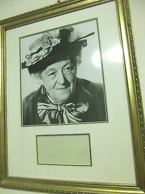 Miss Marple MARGARET RUTHERFORD hand signed mount