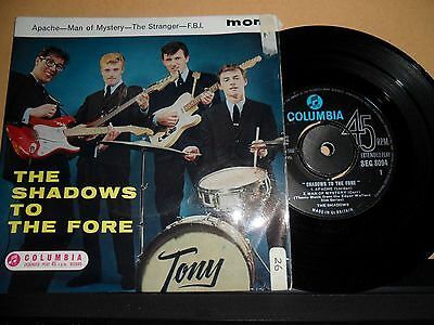 """The Shadows To The Fore.columbia 4 Track Ep.7"""" Vinyl.45Rpm"""