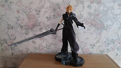 Cloud Strife Masterpiece Arts Statue Final Fantasy