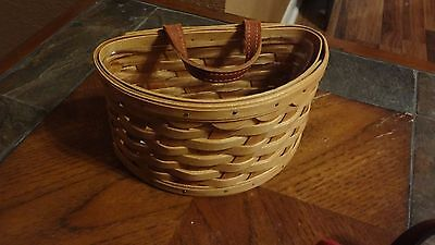 2006 Longaberger Small Brown Scalloped Basket With Liner (Rare)