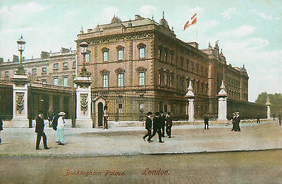 Topographical Postcard:buckingham Palace.early-Hand Coloured.so Few People!