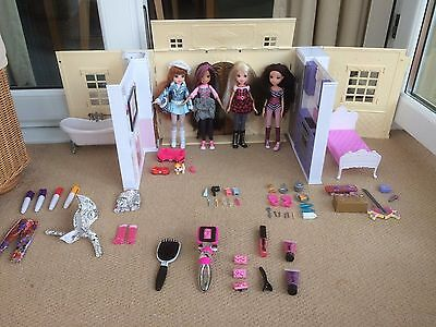 Moxie Girlz Jammaz House with Accessories, 4 Dolls and Carrying Bag