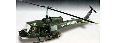 Lindberg 1:48 Scale UH-1 Huey Model Kit Helicopter Chopper Marines Vietnam Bell