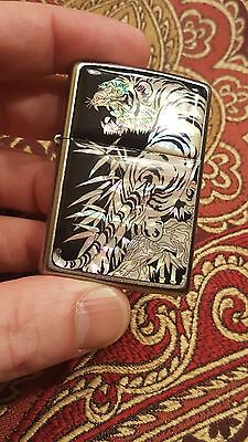 zippo tiger light reflecting. 2 face 2015