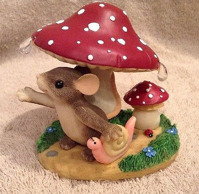 In Every Life a Little Rain Must Fall Charming Tails Figurine Mouse Mushroom