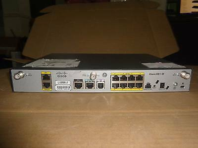 CISCO891W-AGN-N-K9 891 GigaE SecRouter w/ 802.11n with AC power adapter