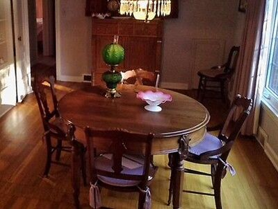 Antique Country Victorian Walnut Dining Table 5 Leaves 6 Chairs