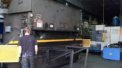 HTC 200-16 200 Ton Hydraulic Press Brake (#1764)