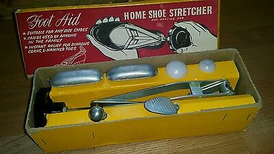 Foot Aid vintage shoe stretcher complete with attachments in good display box