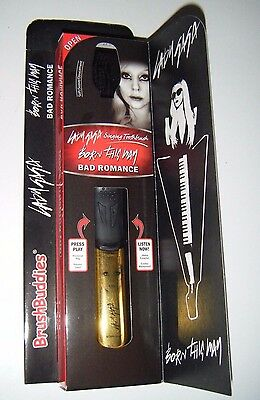 Lady Gaga Singing Toothbrush. Gift. Brand New in Box. 2 Songs. 2 Minute Timer