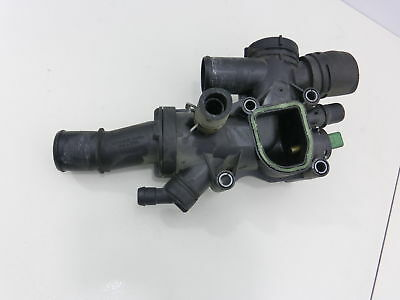 Ford Mondeo IV BA7 07-10 2,0 TDCi 103KW Thermostat Flansch Thermostatgehäuse