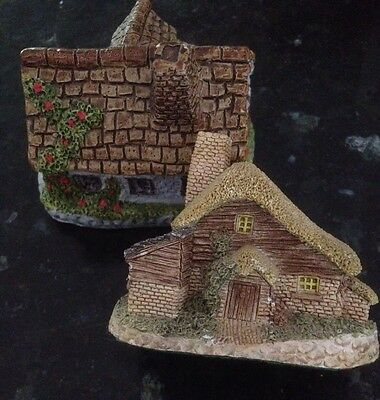 David Winter Cottage And One Unmarked, GC, English, Thatch Ceramics Pottery