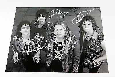The Struts Signed 11 x 14 B & W Photo Pose #3 4 Autos