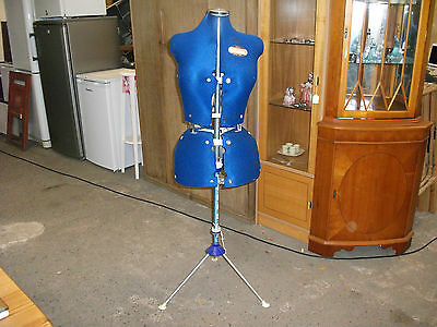 Vintage Venus Turn & Lock Dressmakers Mannequin On Stand Adjustable Tailor Dummy