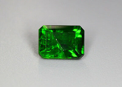 1.81 Cts_Glittering Top Luster_100 % Natural Vivid Green Chrome Diopside_Russia
