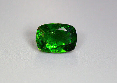1.55 Cts_Glittering Top Luster_100 % Natural Vivid Green Chrome Diopside_Russia