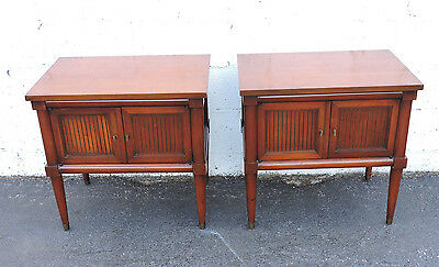 Pair of Mid Century Modern Nightstands End Side Tables by White Furniture 7509