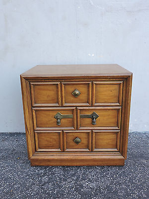 Large Mid-Century Modern Nightstand / End Table Side Tables by Drexel 6299