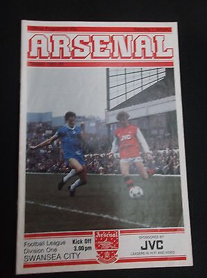 ARSENAL v SWANSEA CITY  LEAGUE DIVISION ONE  1st JANUARY 1983