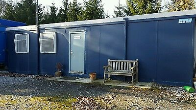 Portable office buildings 32ft x 9ft vgc