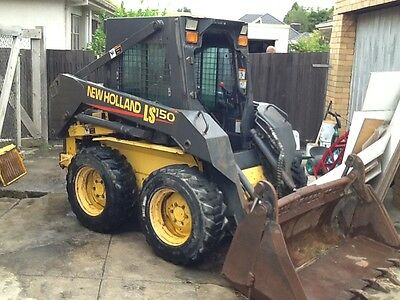 New Holland Skid steer