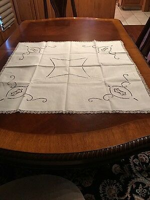 Antique White With Blue Linen Tablecloth Cutwork Embroidery Lace 4 Napkins