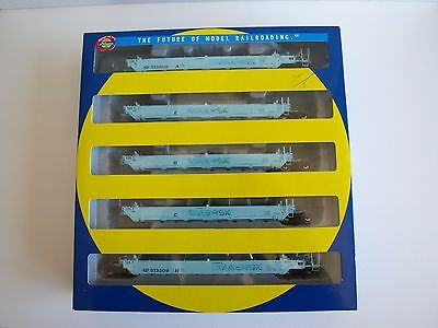 Athearn RTR HO Gunderson Maxi-1 Early, 5-Unit well car. SP