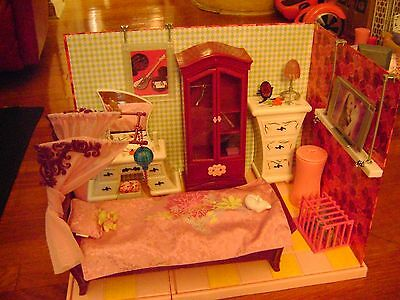 Barbie Fashion Fever Furniture Bed Dresser Armoire Vanity and Build A Room
